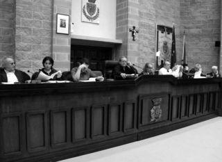 02_Una seduta del consiglio comunale